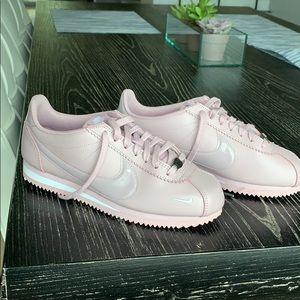 Nike Cortez - Never Worn - Pink - 8.5